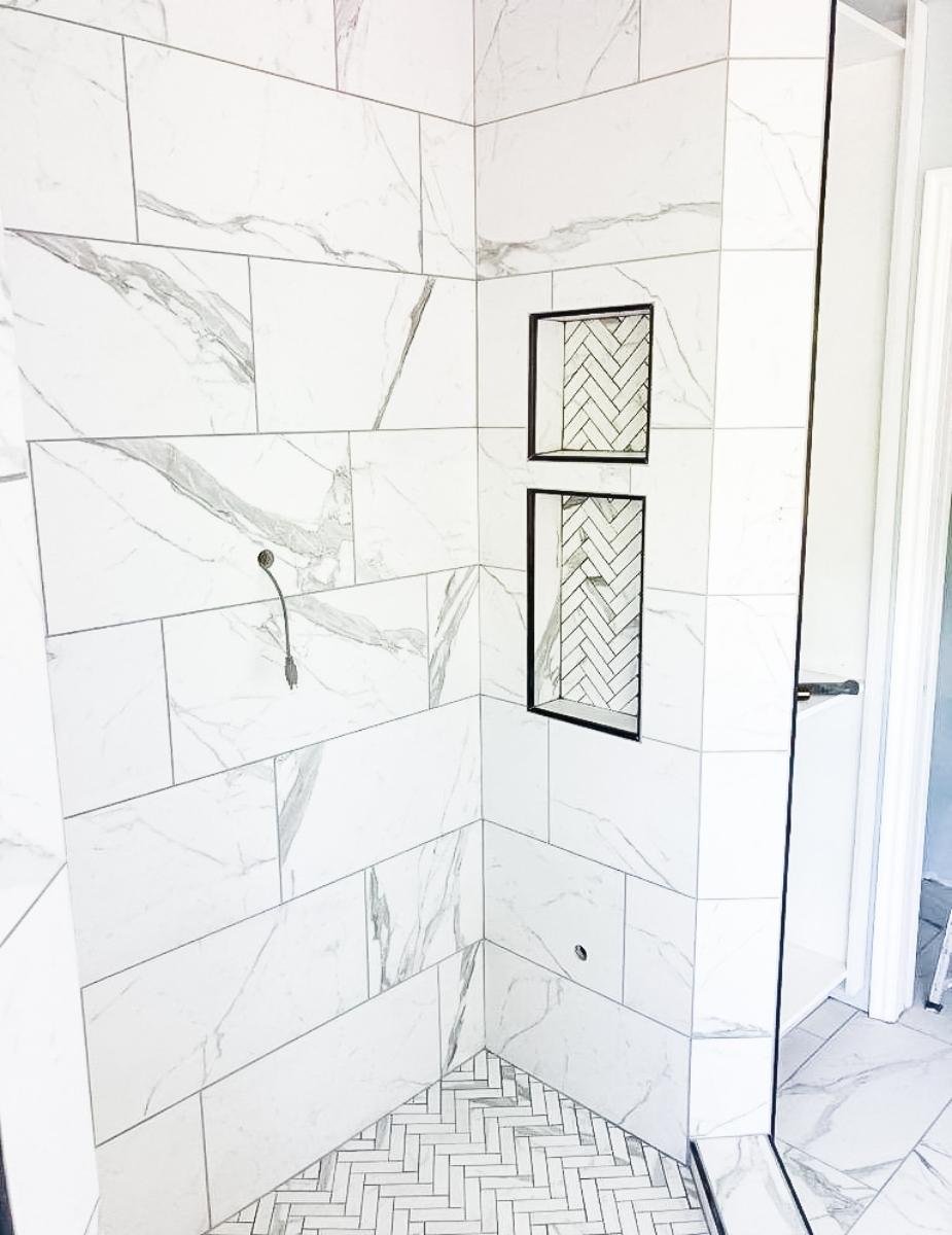 Contempo Marmi Shower